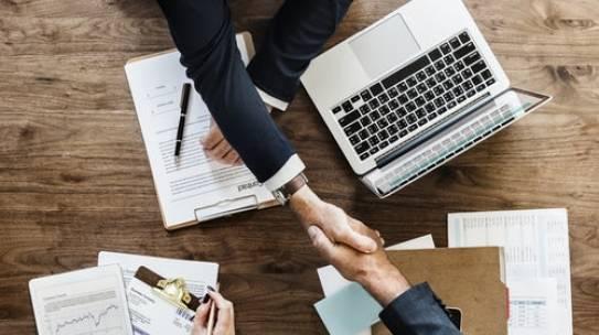 Roles of an SQL server consultant for Enterprise Databases